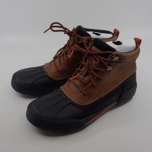 Clarks Waterproof Boots Black/Tan 6 - NIB
